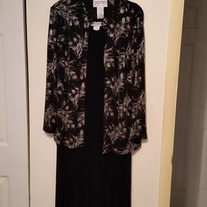 Jessica Howard black dress maxi with jacket